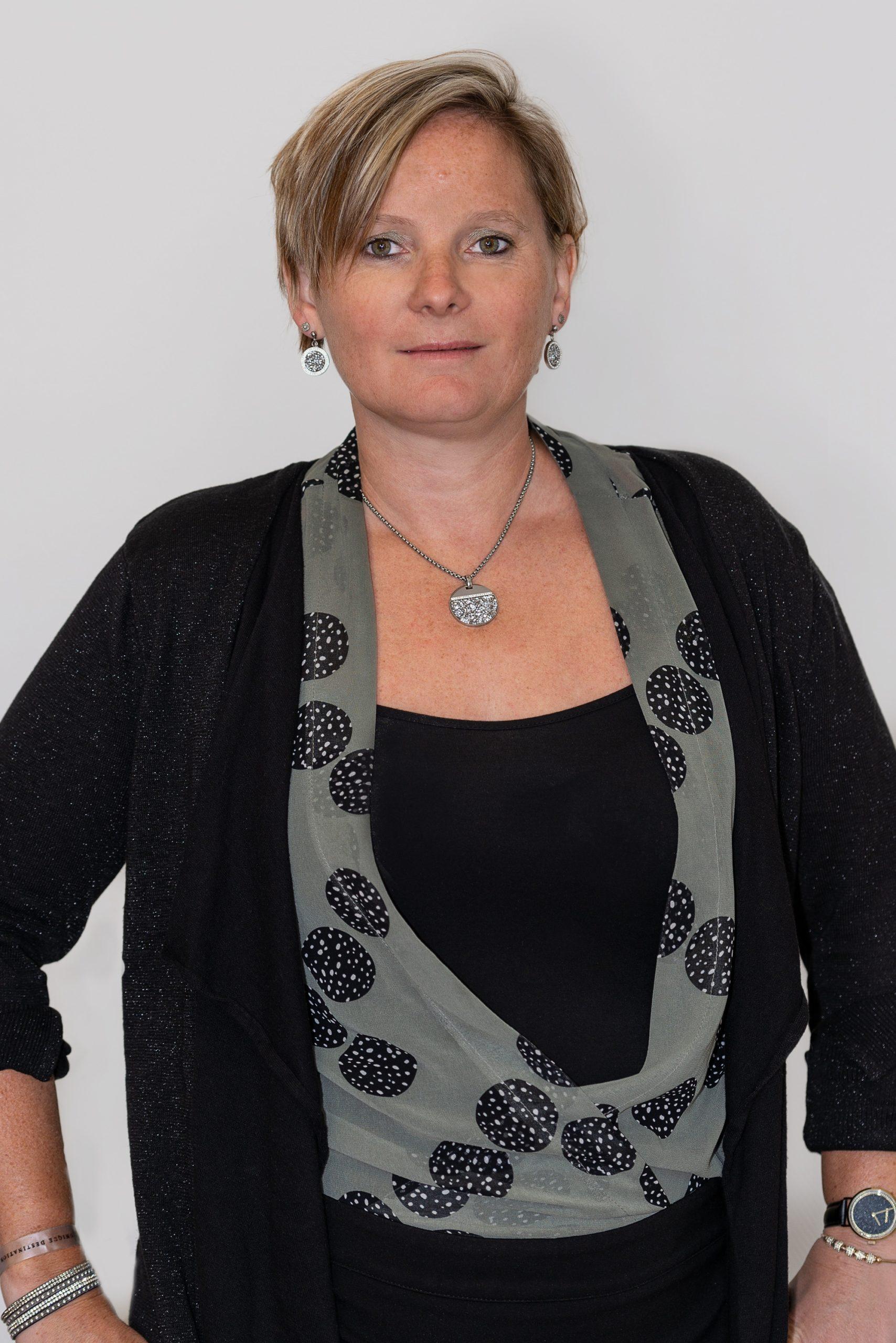 Valérie DEBUISELLE
