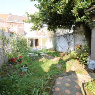Croix mairie, maison 4 chambres, jardin et garage