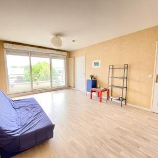 Appartement de type 1 avec  balcon vendu loue a 150 m du tramway romarin