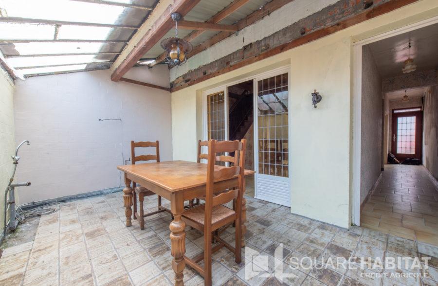 Maison à rénover avec jardin et poss. garage